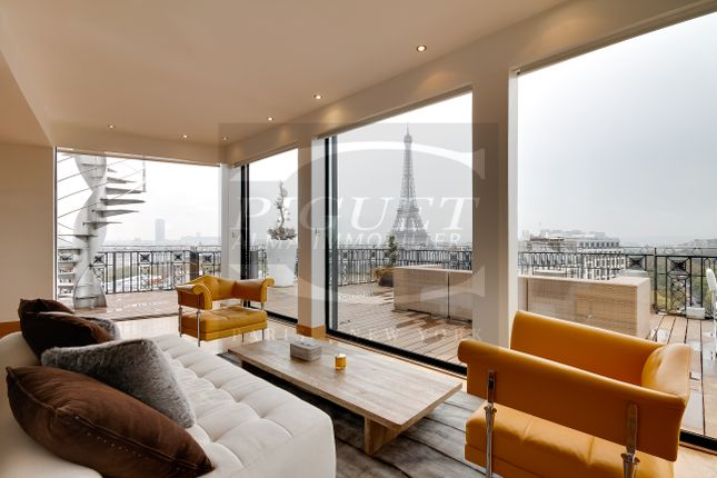 Thumbnail Duplex for sale in Avenue De Iena 75116 Paris, Paris-Ile De France, Île-De-France