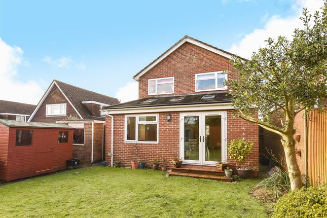 Thumbnail Detached house for sale in Drift Road, Clanfield, Waterlooville