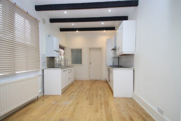 3 bed property to rent in Top Floor Flat, Bromley BR1
