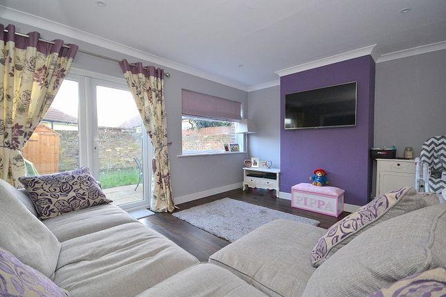 Living Room of Haslett Road, Shepperton TW17