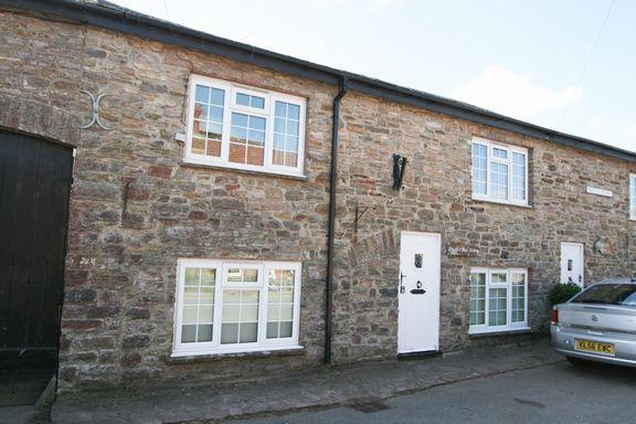 Thumbnail Cottage for sale in Briton Street, Bampton, Tiverton
