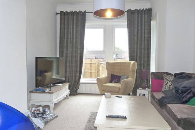 Thumbnail Terraced house to rent in Skipton Road, Harrogate