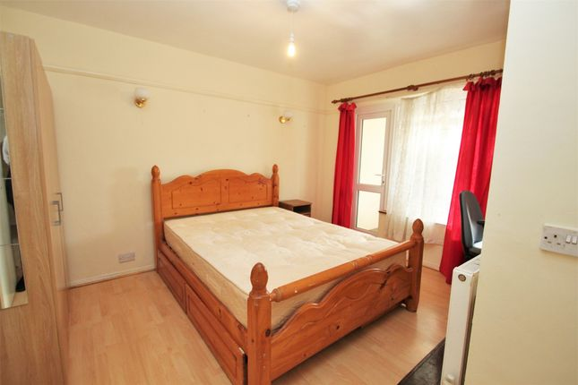 Thumbnail Semi-detached house to rent in Royal Lane, West Drayton, Middlesex