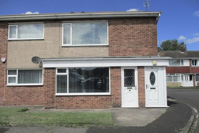 Thumbnail Flat to rent in Willow Crescent, Blyth