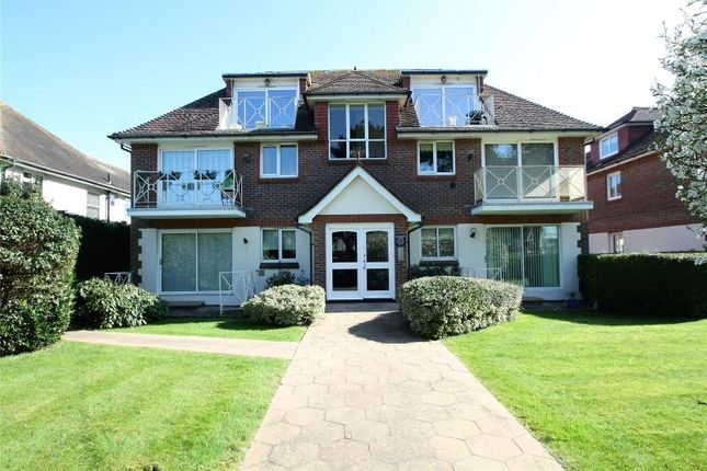 Thumbnail Flat for sale in Grand Avenue, West Worthing, West Sussex