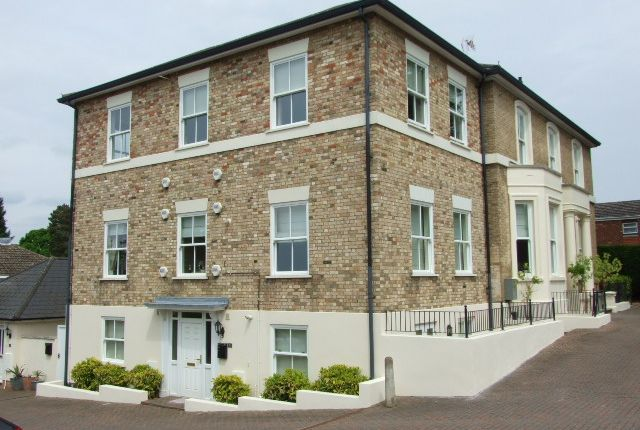 Thumbnail Flat to rent in Woodlands, Aspley Guise