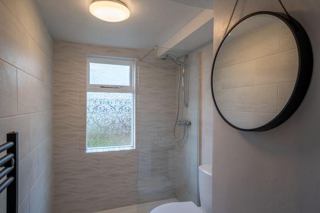 Shower Room of Sandside, Sandside LA7
