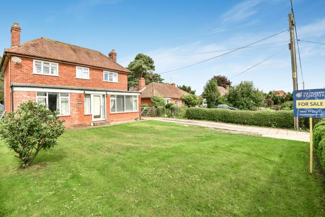 Thumbnail Detached house for sale in Bramley Road, Pamber End, Tadley