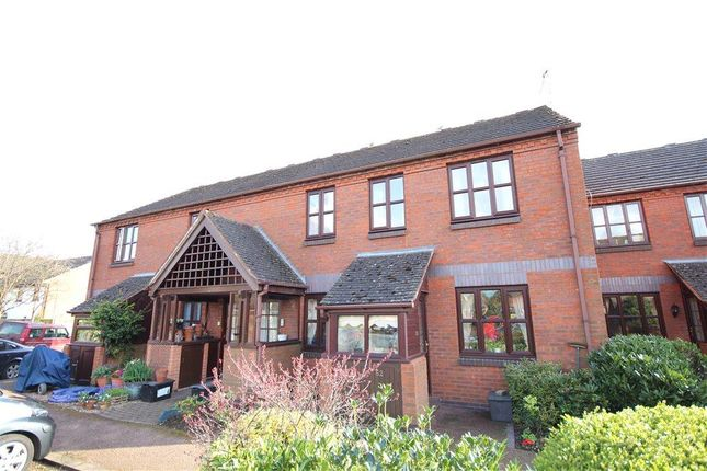 Thumbnail Flat for sale in Saffron Meadow, Stratford Upon Avon