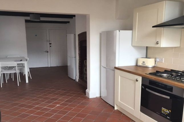 Thumbnail Shared accommodation to rent in Coronation Road, Bridgwater, Somerset