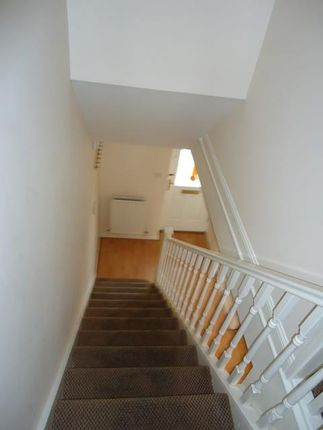 6 Telary Close (Hallway)