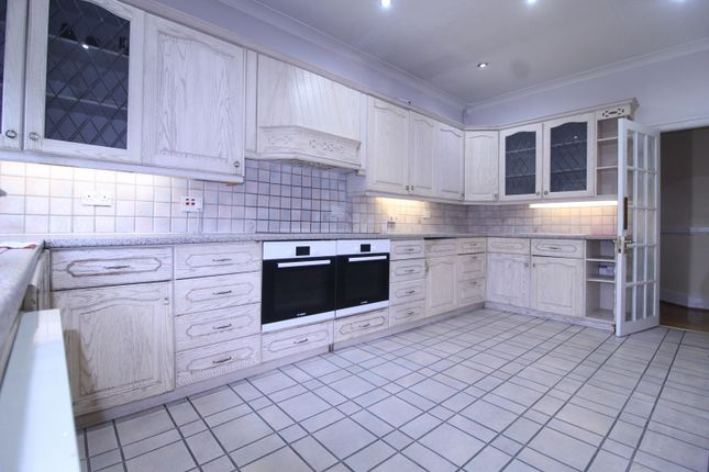 Thumbnail Semi-detached house to rent in Beckenham Hill Road, London