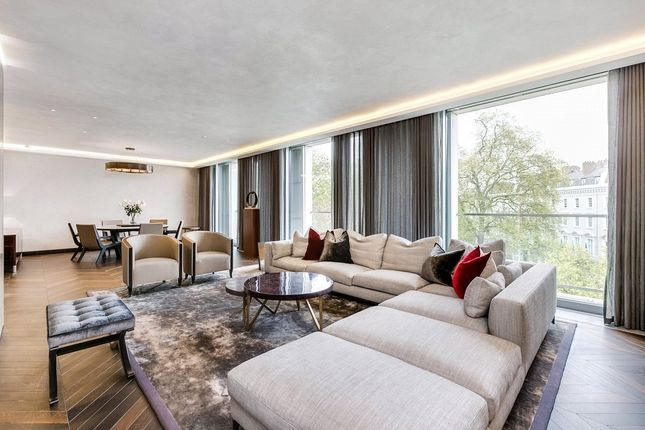 Thumbnail Flat for sale in Chesham Place, London