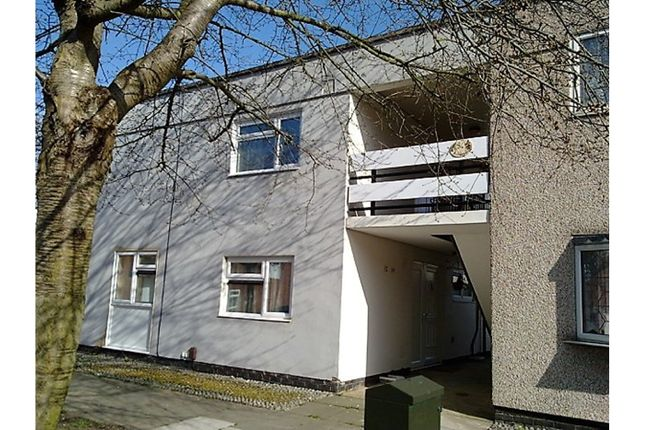 Thumbnail Flat for sale in Roodegate, Basildon