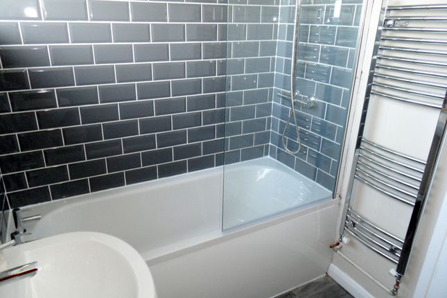 Bathroom of Little London, Long Sutton, Spalding, Lincolnshire PE12