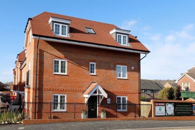 Thumbnail End terrace house for sale in High Street, Godstone, Surrey