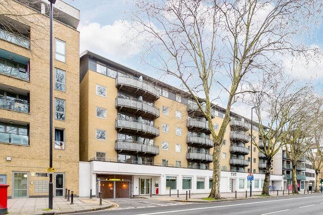 Thumbnail Flat for sale in Chiswick High Road, London