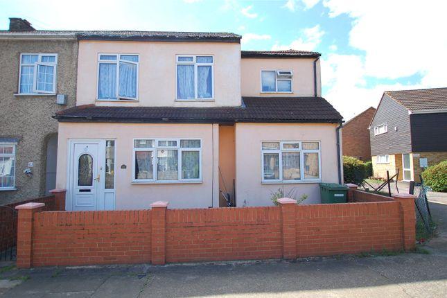 Thumbnail End terrace house for sale in Oak Street, Romford