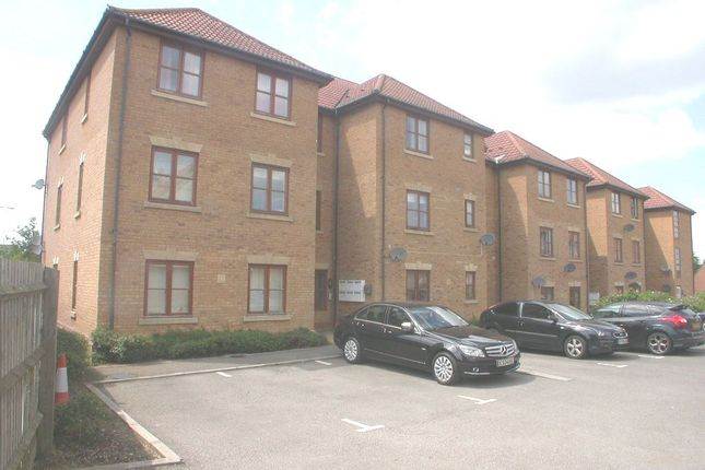 Thumbnail Flat to rent in Berrington Grove, Westcroft