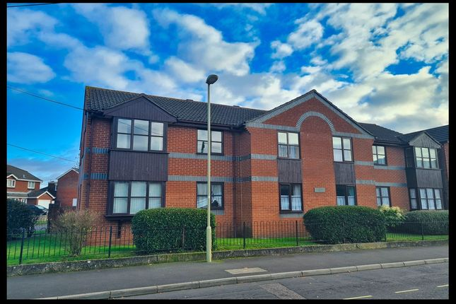 1 bed flat for sale in Beaumont Road, Totton, Southampton SO40
