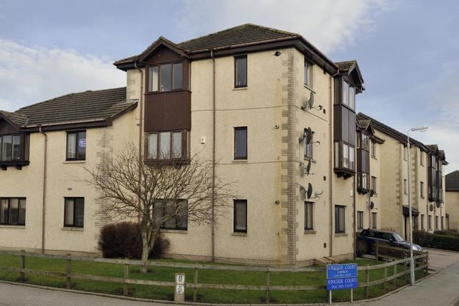 Thumbnail Flat to rent in 3 Kirkside Court, Westhilll