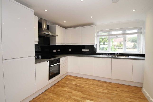 Thumbnail Maisonette to rent in School Row, Hemel Hempstead