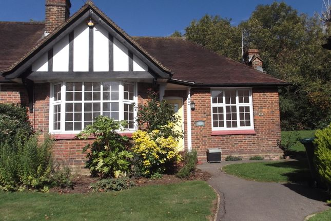 Thumbnail Bungalow to rent in Chalet Estate, Mill Hill