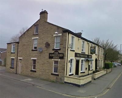 Thumbnail Restaurant/cafe for sale in Foresters Arms, Todmorden Road, Burnley, Lancashire
