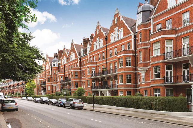 Exterior of Prince Of Wales Drive, London SW11