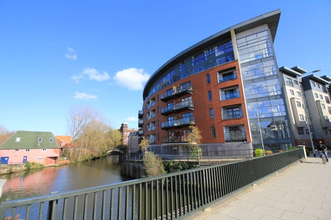Thumbnail Flat to rent in Dukes Palace Wharf, Norwich