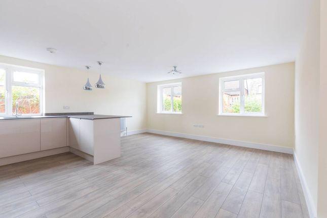 Thumbnail Flat to rent in Church Lane, Hornsey, London