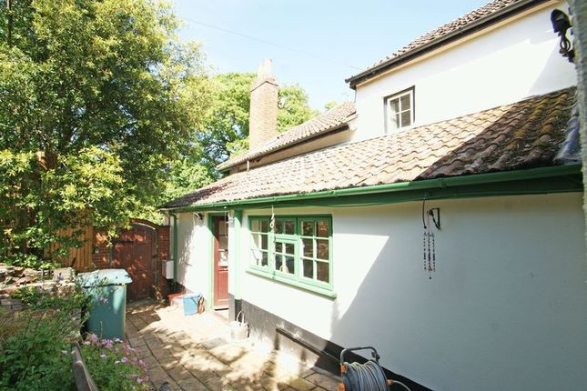 Thumbnail Semi-detached house for sale in Kenton, Exeter