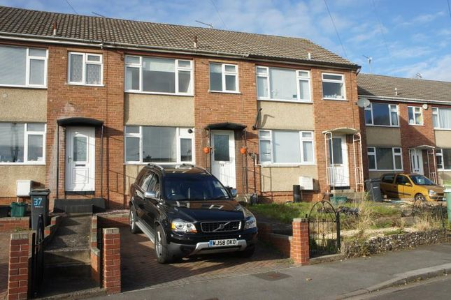 3 bed terraced house to rent in Parkside Gardens, Stapleton, Bristol