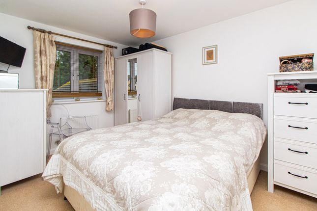 Bedroom of Elms Court, Westcliff-On-Sea SS0