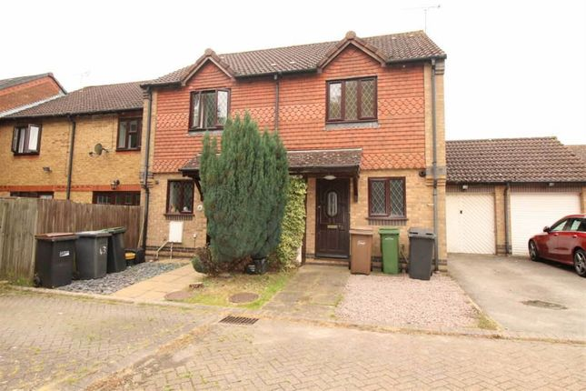 Thumbnail Semi-detached house to rent in Malthouse Green, Luton, Bedfordshire