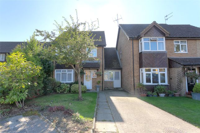 4 bed link-detached house for sale in Campion Close, Watford, Hertfordshire WD25