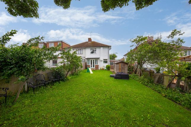 Thumbnail Semi-detached house for sale in Meadway, Dunstable