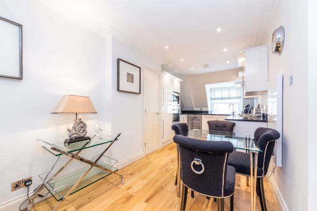 1 bed flat to rent in 9 Grosvenor Hill, London, London W1K