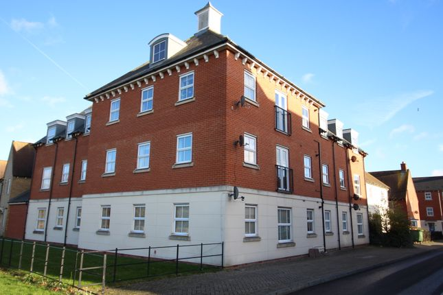 Thumbnail Flat for sale in Chariot Drive, Colchester