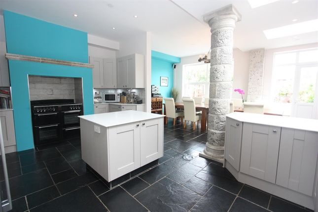 Thumbnail Terraced house for sale in Spa Road, Weymouth