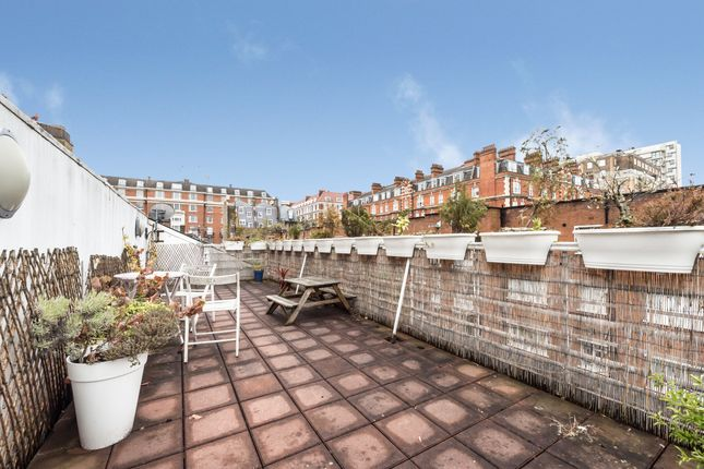 Thumbnail Mews house to rent in Bryanston Mews West, London
