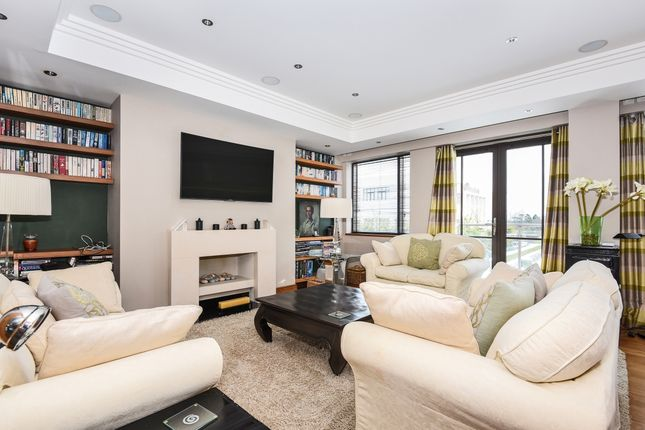 Thumbnail Flat to rent in Charters Road, Sunningdale, Ascot
