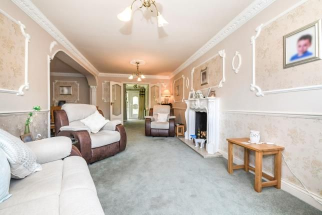 Lounge of Wickford, Essex, . SS12