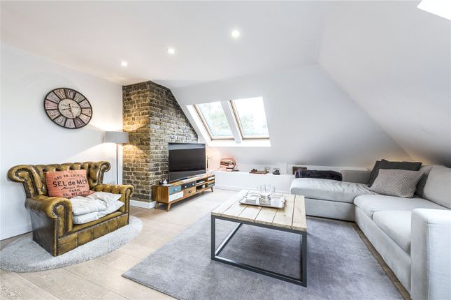 3 bed flat for sale in Bermondsey Street, London