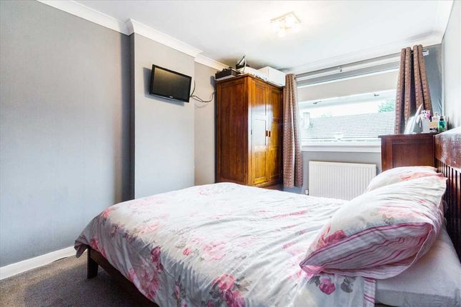 Bedroom One (1) of Crookstonhill Path, Crookston, Glasgow G52
