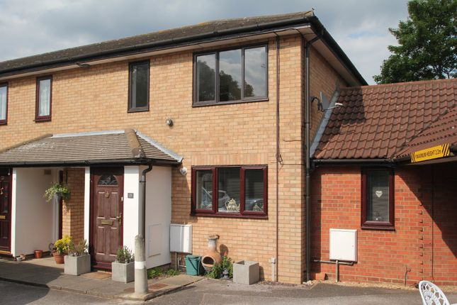 Thumbnail Flat for sale in Rowhedge Road, Colchester
