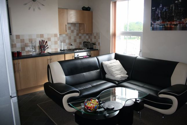 Thumbnail Flat to rent in Eagle Terrace, Cleveland Street, Hull