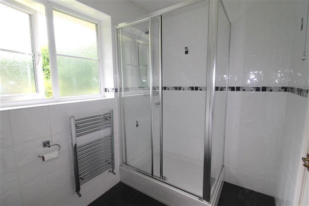 Shower Room of Edward Street, Preston PR5