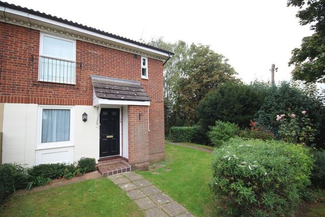 Thumbnail Flat for sale in College Avenue, Tonbridge