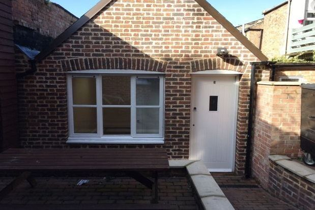 Thumbnail Bungalow to rent in Blackfriars Road, King's Lynn